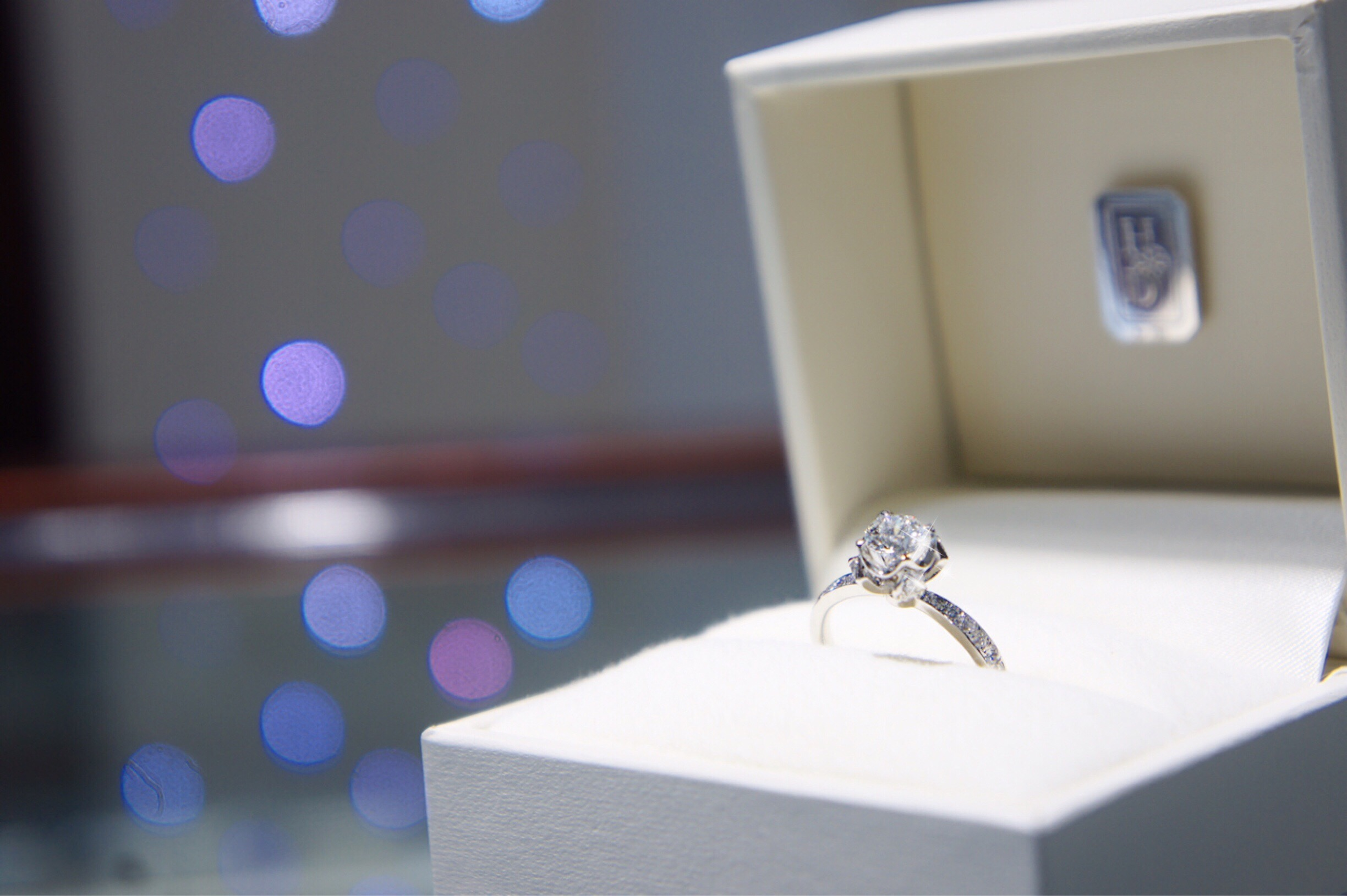 The Perfect Fit: Guide to Creating Your Bespoke Engagement Ring